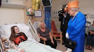 Download Queen Elizabeth visits wounded at hospital Video