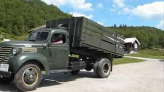 Download FARGO FL 4-60. 1946.mod. Chrysler engine. 6.cyl. 95.hp. Video