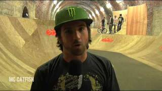 Download Nike 6.0 Tunnel Jam [HQ] Video
