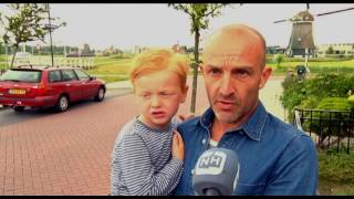 Download Politie schiet losgebroken hond neer in Uitgeest Video