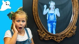 Download Assistant Trapped in Spooky Magic Mirror With Mickey Mouse in the Haunted House Video
