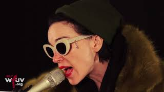 Download St. Vincent - ″Los Ageless″ (Live at WFUV) Video