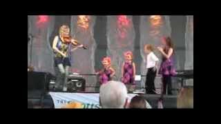 Download Natalie MacMaster and her kids, 2013 Dublin Irish Festival Video
