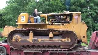 Download Caterpillar D9G donkey start and unloading off a low loader Video