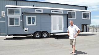 Download Spacious Family Friendly Tiny House Video