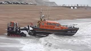 Download Rough weather launch of the Hastings Lifeboat Video