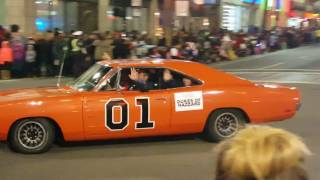 Download #110 (11/28/2016) Hollywood Christmas Parade! Video