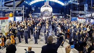 Download The USAF Band - 2014 Holiday Flash Mob Video