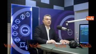 Download SCONTRO CON ORBAN, RENZI A RADIO RADICALE: L'ITALIA NON E' IL SALVADANAIO D'EUROPA Video