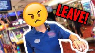 Download KICKED OUT OF THE ARCADE FOR WINNING TOO MUCH FROM PRIZE LOCKER!! (MAJOR PRIZE WINS!!) | ClawBoss Video