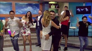 Download Tremenda bienvenida que le dan a Aline Hernández Video