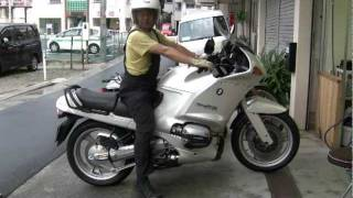 Download Motoholic - BMW R1100RS cold start in summer & walk around (sold) Video