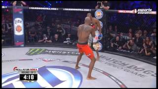 Download Michael Page dá show e vence Ricky Rainey no Bellator 120 Video