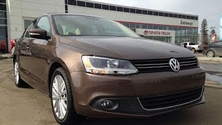 Download Headlight Replacment VW Jetta 2011 to 2015 DIY Video