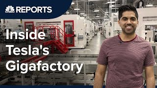 Download Take a tour inside Tesla's first Gigafactory | CNBC Reports Video
