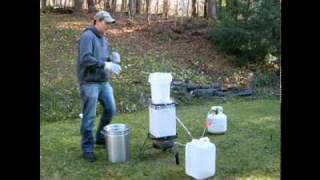 Download How to Reuse / Filter Turkey Fry Oil Video