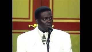 Download Bernie Mac ″Differences Between Black & White People″ Kings of Comedy Tour Video