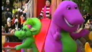 Download Barney in the 2002 Macy's Thanksgiving Day Parade Video