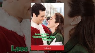 Download Love At The Thanksgiving Day Parade Video