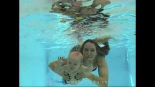 Download Amazing underwater swimming babies! Video