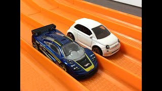 Download RACE: Mclaren F1 GTR vs Fiat 500 - Hot Wheels Video