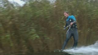 Download Trein vs kiter - Wie is sneller in Amsterdam? Video