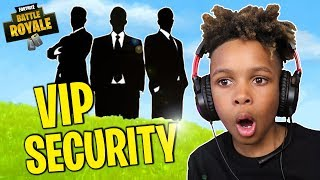 Download These Guys will Protect ME!! FORTNITE VIP SECURITY PROTECTION! Video