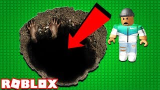 Download FALL DOWN A 1,000,000 FEET HOLE IN ROBLOX! Video