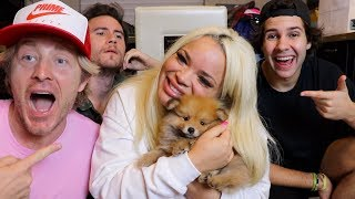 Download SURPRISING GIRLFRIEND WITH POMERANIAN PUPPY!! Video
