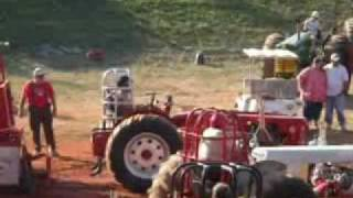 Download Tractor Pull Accident at the Old Threshers Reunion in Denton Video