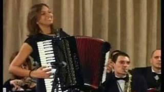 Download Sandra Milošević - Kosačko kolo Video