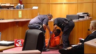 Download Courtroom fight erupts during murder hearing Video