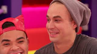 Download Snatch Game At Sea Video
