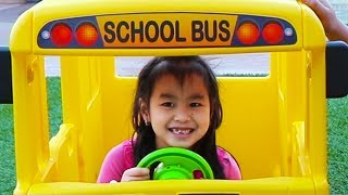Download Jannie Pretend Play Going to School with Giant Bus Toy Video