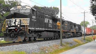 Download NS northbound in Hampton, Ga. Video