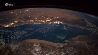 Download A meteoroid as seen from the Space Station… make a wish! Video