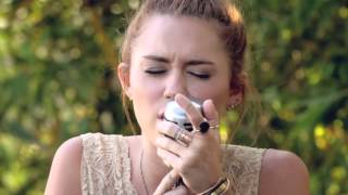 Download Miley Cyrus - The Backyard Sessions - ″Jolene″ Video
