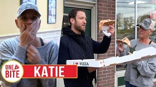 Download (Katie) Barstool Pizza Review - Vino's Pizza (Lafayette Hill, PA) With Special Guest Katie Video