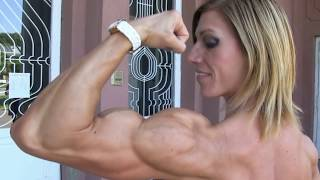 Download FBB Sexy muscle women .Female Bodybuilding and Fitness Женщины качки Video