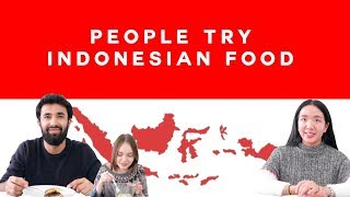 Download Episode 2: People Try Indonesian Food | Ciao! Indonesia 2018 Video