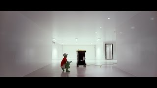Download Elliot Moss – Pattern Repeating Video