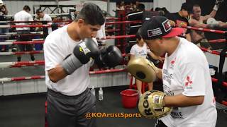 Download MIKEY GARCIA HAND PAD ROUTINE! READY TO TAKE LIGHTWEIGHT TITLE! Video