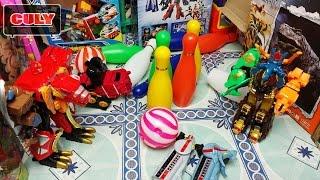 Download robot siêu thú thi ném Bowling trong phòng chứa đồ chơi của cu lỳ toy for kid Video