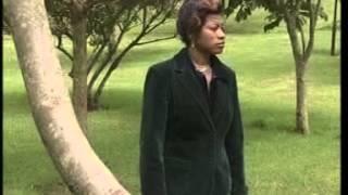Download Angela Chibalonza - Hayuko Kaburini Video