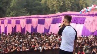 Download Millind Gaba MusicMG Live in Lakshmi Bai College New Delhi Video