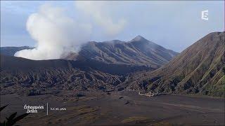 Download Java, l'île verte - Echappées Belles Video