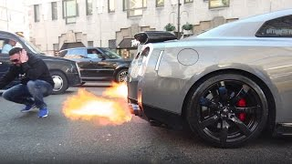 Download Nissan GT-R Shooting MAD Flames in London Video
