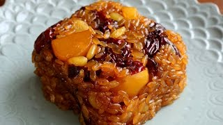 Download Yaksik (Sweetened Rice with Dried Fruits & Nuts: 약식) Video