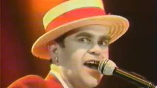 Download Elton John - Goodbye Yellow Brick Road - Wembley 1984 (HQ Audio) Video