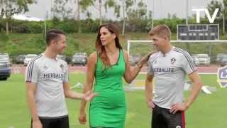 Download Keane, Gerrard, Husidic and DeLaGarza doing football challenges at LA Galaxy LOOKS LIKE GREAT FUN Video